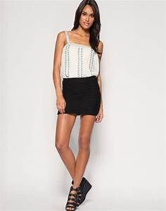Women Beauty Tips 10+ Massive Collection of Mini Skirts ...