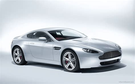 Aston Martin V8 Vantage Coupe 2009 Wallpaper