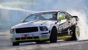 Ford Mustang GT powered by V8 Supercharged - 600 HP - The Speedshop - YouTube