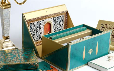 Designer Luxury Invitation Cards & Boxes