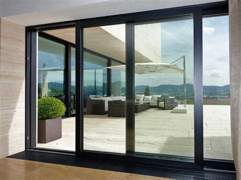 Fensterrahmen Aus Holz Kunststoff Oder Aluminium by Fenster Dortmund Aus Kunststoff Holz Alu Stahl