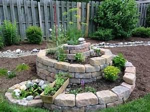 awesome amenagement de jardin avec des pierres photos With decorer son jardin avec des galets 1 1001 idees et conseils pour amenager une rocaille fleurie