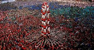 Human Towers in Spain Reflect Centuries Old Tradition ...