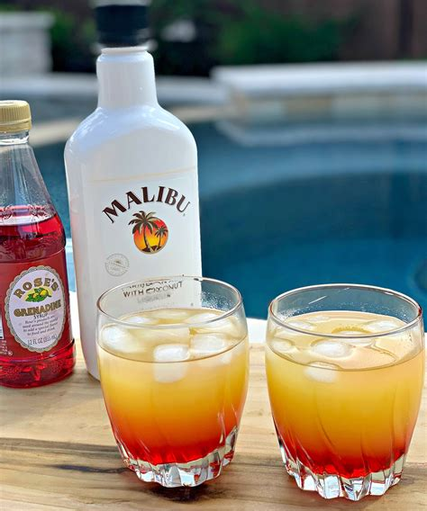 Try these drink recipes featuring malibu coconut rum. Summer Drinks With Malibu Rum : Malibu Sunset Cocktail ...