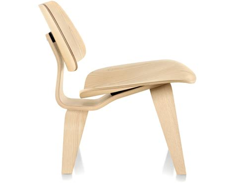 eames 174 molded plywood lounge chair lcw hivemodern