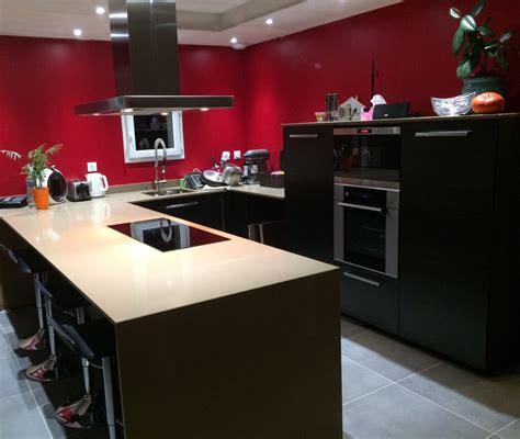 quartz cuisine cuisine moderne en quartz beige cédric farrusseng