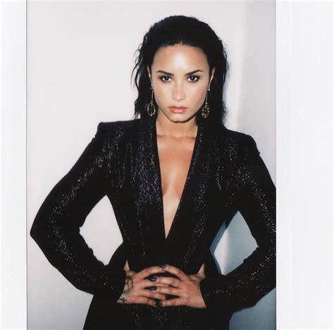 63 Best Polaroids Images On Pinterest Demi Lovato