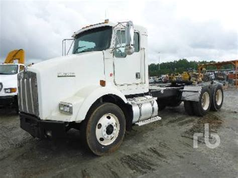 buy kenworth t800 2002 kenworth t800 for sale 65 used trucks from 12 900
