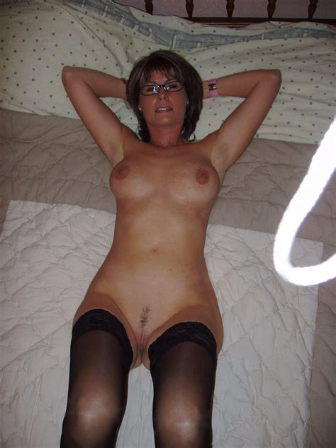 Hot Mom Great Body Real Amateur Picture Uploaded By Biggred On