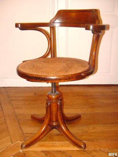 fauteuil de bureau bois fauteuil de bureau thonet vers 1930 bois courbé pied
