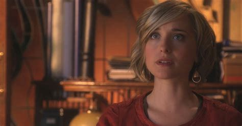images of allison mack actress smallville actress allison mack arrested for role in