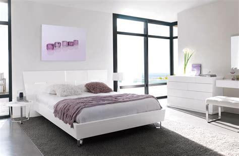 chambre grise et blanche ambiance déco chambre blanche et grise gautier alisa