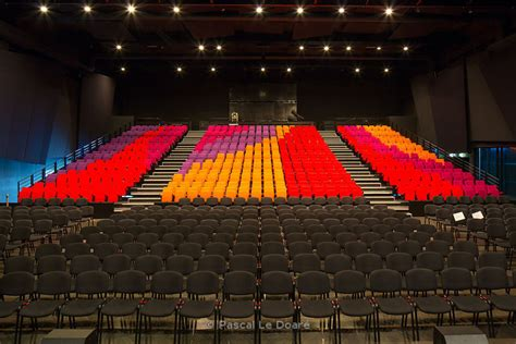 pascal ledoare photographie a 233 rienne salle de spectacle le bascala brugui 232 res 31