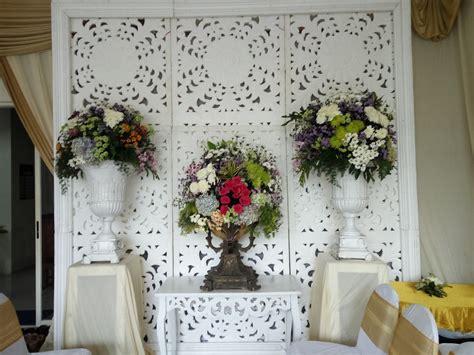 persewaan alat pesta surabaya dekorasi tunangan