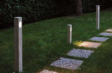 ela 308 outdoor path l by oluce lighting modern