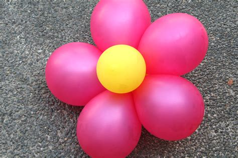 balloon flowers 2 easy ways to create decorative balloon flowers wikihow