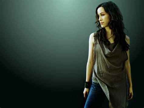 female celebrities canadian singer songwriter actress
