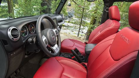 matte black jeep wrangler unlimited interior 吉普牧马人汽车高清桌面壁纸 桌面壁纸下载 四季图片