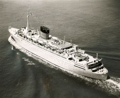 425 Best Images About Ocean Liners On Pinterest