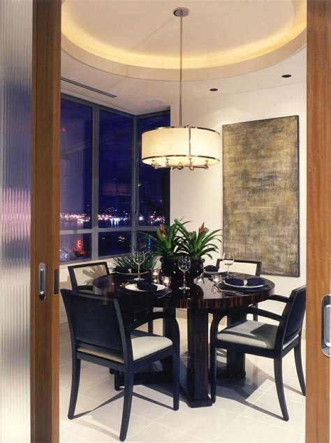 black lacquer dining room table  chairs