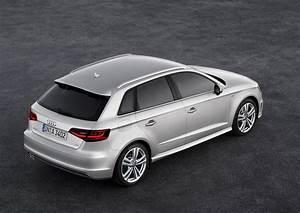 Audi A3 8v : 2014 ice silver 8v audi a3 sportback sline rear ~ Nature-et-papiers.com Idées de Décoration