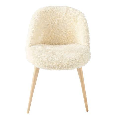 chaise vintage fausse fourrure  bouleau massif ivoire mauricette maisons du monde