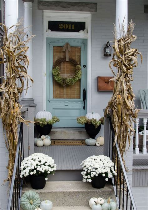 rustic chic  corn husks decor ideas  fall shelterness