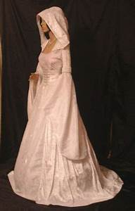 renaissance handfasting medieval wedding dress hooded With hooded wedding dress