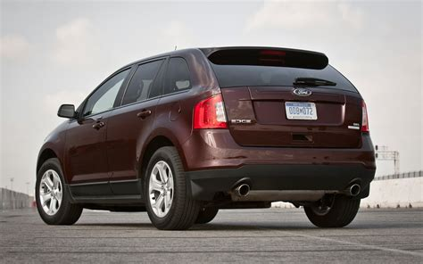 ford edge sel ecoboost  test truck trend