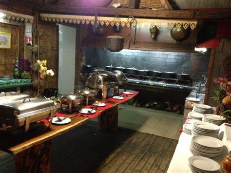 cuisine au feu de bois cuisine créole au feu de bois photo de la bonne marmite