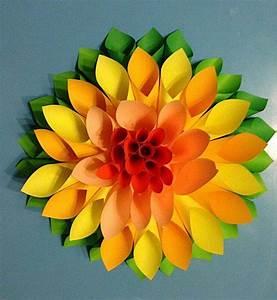 Papierblumen Basteln Anleitung : auf diese seite erkennen sie wie kann man sehr schnelle die wundersch ne gro e blumen aus ~ Orissabook.com Haus und Dekorationen