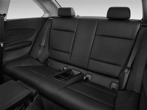 image  bmw  series  door coupe  rear seats