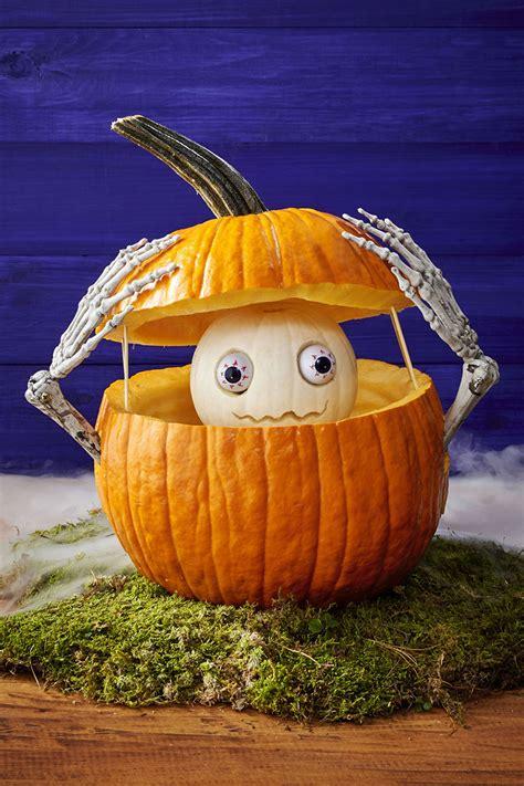 easy diy carved pumpkins   halloween decor