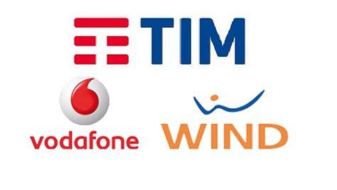 Wind Offerte Mobile Ricaricabile by Tim Wind E Vodafone Offerte Mobile In Ricaricabile A