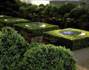 Bücher Zur Gartengestaltung : water features in hedges fountain pinterest g rten ~ Lizthompson.info Haus und Dekorationen