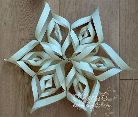 image detail for rozzybee christmas paper snowflake decorations w c dinner pinterest