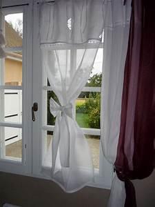 Rideaux à Poser Sur Fenêtres : un vieux napperon blanc stock dans un tiroir l 39 atelier ~ Premium-room.com Idées de Décoration