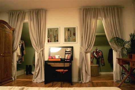 closet doors  childrens room  curtains page