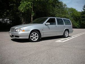 1999 Volvo V70 - Pictures
