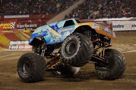 monster trucks videos 2013 hooked monster truck photos orlando monster jam january
