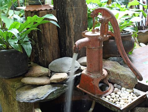5 Types Of Hand Pumps For Your Water Well