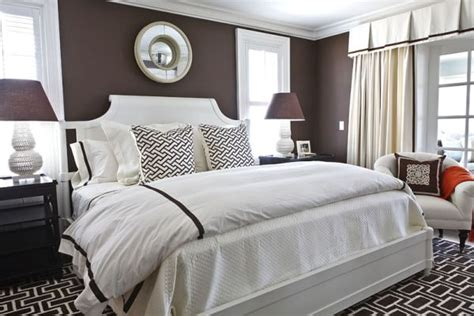 Chocolate Brown Bedrooms Inspiration & Ideas