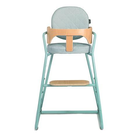 chaise haute bois evolutive chaise haute évolutive en bois et métal bleu turquoise