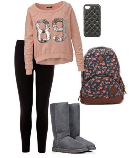 This is the main fashion for teenage girls but i donu0026#39;t get the leggings everything thing ...