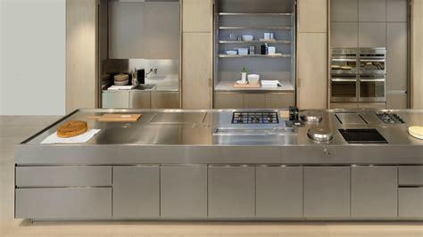 plan de travail cuisine inox pas cher pin le plan de travail de cuisine arrondi
