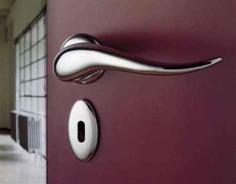 do you prefer retro or design door handles for your interior doors