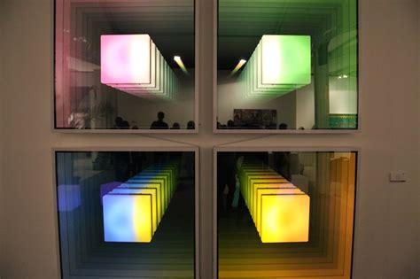 Light And Mirror Infinity Illusion