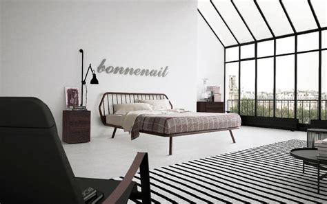 Letto Matrimoniale, Design Minimale, Con Struttura In