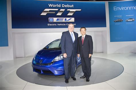 Honda Fit Ev Concept Unveiled At The 2018 La Auto Show