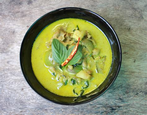 cuisine curry green curry chicken healthy muslimah